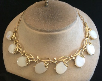 Vintage Chunky White Panel Necklace
