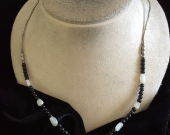 Vintage Clear & Black Glass Beaded Mother Of Pearl Black Stone Pendant Necklace