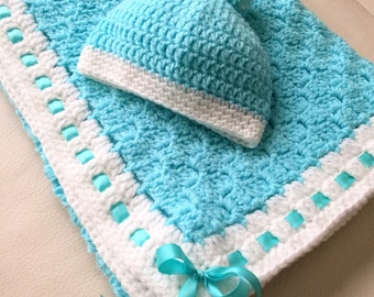 C2C Ribboned Baby Blanket with Matching Beanie