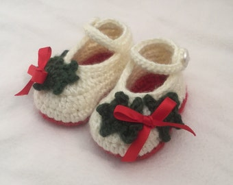 Crochet christmas baby booties size 0-3 months