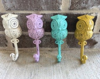 Bird Hook/Cast Iron Owl Hook/Cast Iron Wall Hooks/Owl Country  Cottage Decor/Wall Decor Hook/Owl Wall Hanger/Bird Wall Hanger