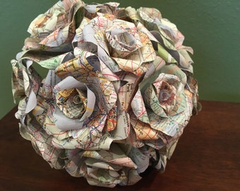 Map Paper Bouquet, Atlas Roses, Map Roses, Book Page Flowers, Paper flowers, Wedding Decor, Bride, Flowers, Roses, Vintage, Rustic