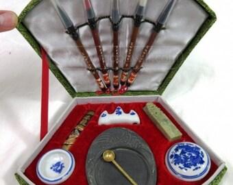 Rare Vintage Asian Geisha Beauty Kit