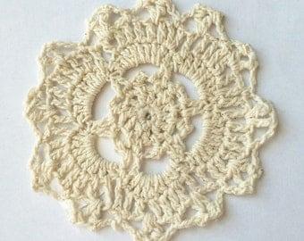 Handmade Crochet Traycloth Cotton Round Doilies, Set of 4