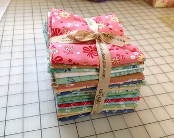Calico Days by Lori Holt for Riley Blake Designs - Fat Quarter Bundle - 21 fabrics