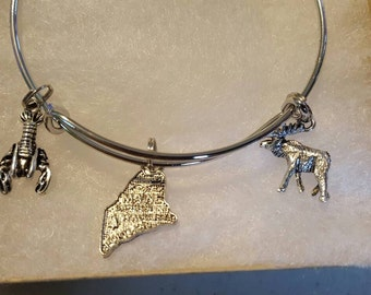 Maine bangle with moose and lobster