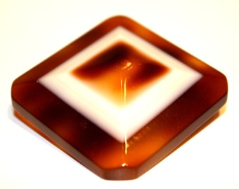 Bakelite brooch of the 1920s