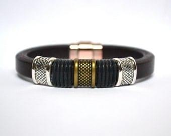 Dark Brown Leather Bracelet/Antique Silver Magnetic Clasp/Antique Silver & Brass Spacer/Men's Bracelet