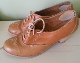 Zapatos de cuero vintage, vintage cuero, zapatos vintage.