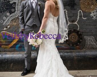 1 tier scalloped fingertip lace veil,1 tier lace fingertip wedding veil,ivory lace short wedding veil, fingertip partial lace veil V623