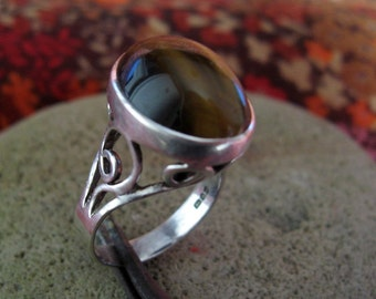 Tigers Eye set Sterling Silver Ring
