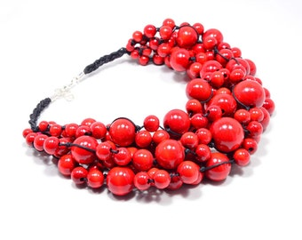 The Red necklace wooden beads