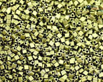 TOHO 11/0 Triangle Beads - Matte Color Dark Olive [TG-11-617]