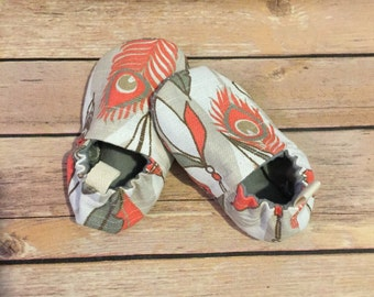 Willow tula shoes, feather shoes, baby moccs, toddler shoes, newborn shoes, baby booties, soft sole, stay on booties, baby gift