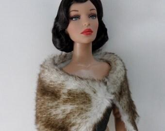 Tonner Doll, Poppy Parker Fashion Teen silk lined faux fur wrap