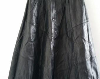 Amazing leather black skirt!