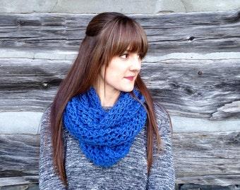 NEW The Elise Handmade Crochet Infinity Chunky Knit Scarf