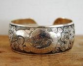 OP = OP (mega afgeprijsd) FAIRTRADE Tibetaans zilver draak bangle armband