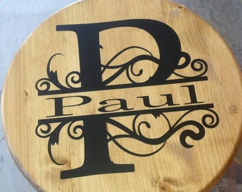 Personalized wood sign. Name and initial.
