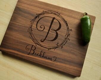 Personalized Cutting Board, Custom Cutting Board, Personalized Wedding Gift, Housewarming Gift, Anniversary Gift, Monogram, Engraved Walnut