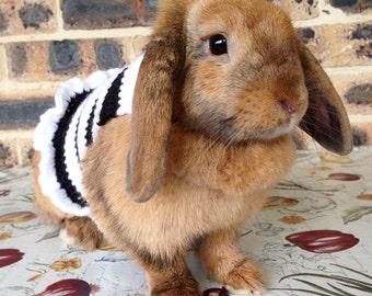 SALE // Rabbit sweater, pet rabbit clothes, pet bunny black and white sweater, crochet sweater, pet clothing