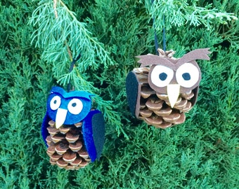 Pine cone owl ornament