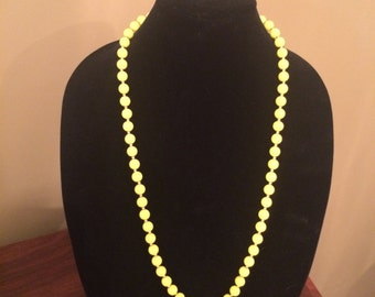 Vintage yellow beaded necklace never worn