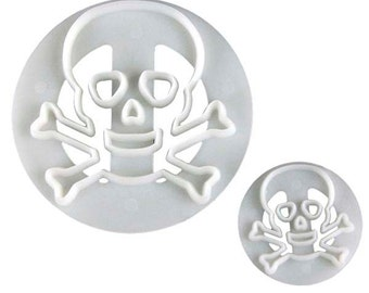 Fmm Skull and Crossbones Cutter Set
