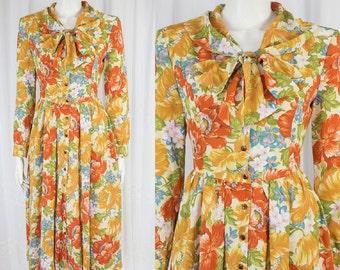 Super cute pretty Vintage floral lady dress!