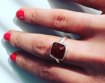 Red Agate sterling silver ring the lovely