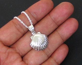 """Scallop Sea Shell  Pendant 925 Sterling Silver 18"""" Chain Necklace"""