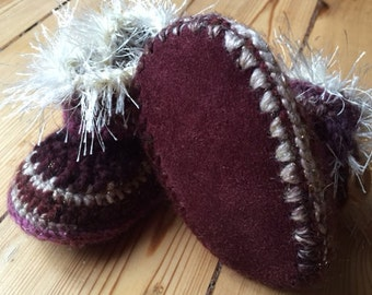 "Crochet Baby slippers, loafers, ""UGG Booties"", leather and wool"