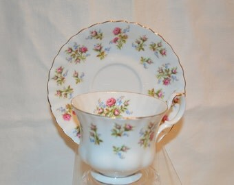 """Royal Albert Bone China """"Winsome"""" Footed Cup and Saucer Set Made in England Vintage Item #3093"""
