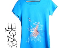 screen printed woman t shirt, vintage t shirt, blue woman tee shirt, graphic cloth, organic coton and fairtrade tee shirt, unique top