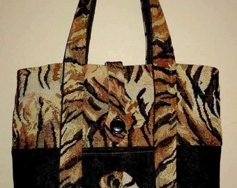 Tote canvas by Takeshi and jean