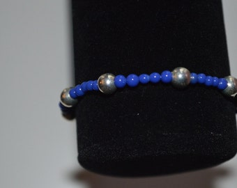 Blue with silver accents stretch bracelet