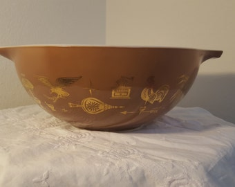 Vintage Pyrex 444 Early American 4 qt Mixing Bowl