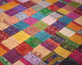 P silk patchwork bed tube fitting quilt Kantha stitch embroidered Sari silk cotton king size