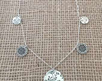 Flower Buds Chain Necklace
