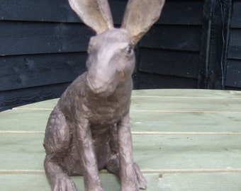 Earthenware hare with bronze effect finish 'Rolo'