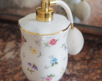 Pretty 1960's refillable continental porcelain perfume atomiser / atomizer