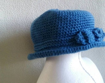 Child's Elegant Hat With Bow.