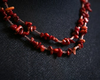 Red coral necklase