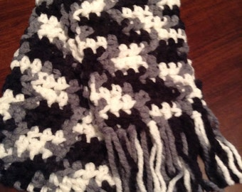 Magpie Chunky Crocheted Scarf