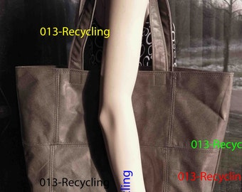 Basic Tote/Basis Tote recycled Leather/Leer_04_type light Grey  / licht Grijs