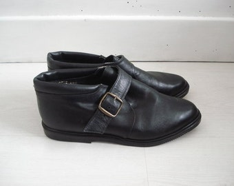 New 80s Vintage Low Ankle Black Leather Shoes Size 38