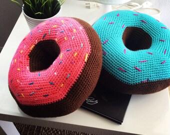 crochet donut pillow with sprinkles