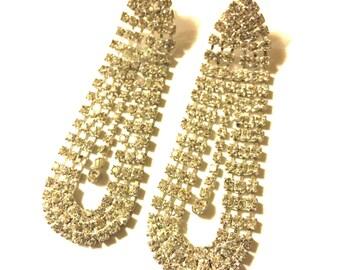 Clear rhinestone chandelier pierced earrings