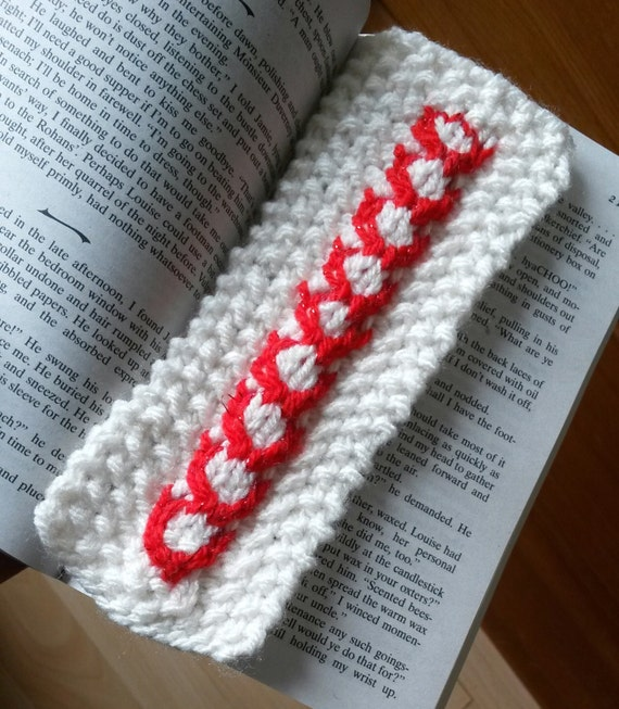 Aran knit bookmark: cream cable with red heart detail. Paperback sized! Lovely gift for booklover. Made in Ireland. Handmade. Customisable.