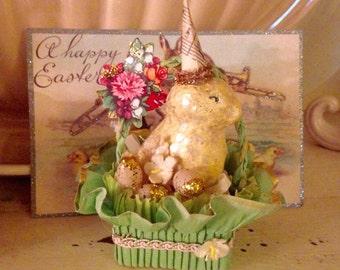Vintage Look Easter Chick